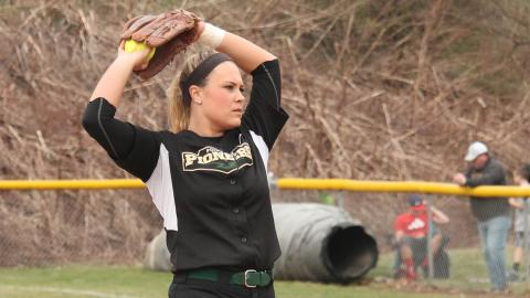 Ashley Iagnemma recorded her 100th strikeout of the season against OCU. Photo by Sam Robinson