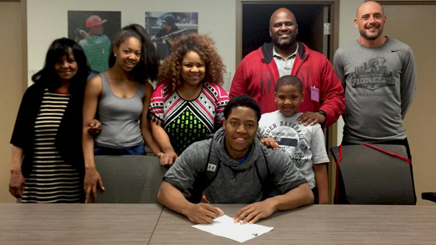 #PPUMBB recruit Cortez Allen joins Pioneers
