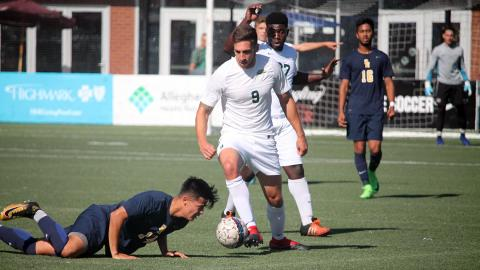Roberto Whitley had a goal and an assist versus Siena Heights. Photo by Sam Robinson