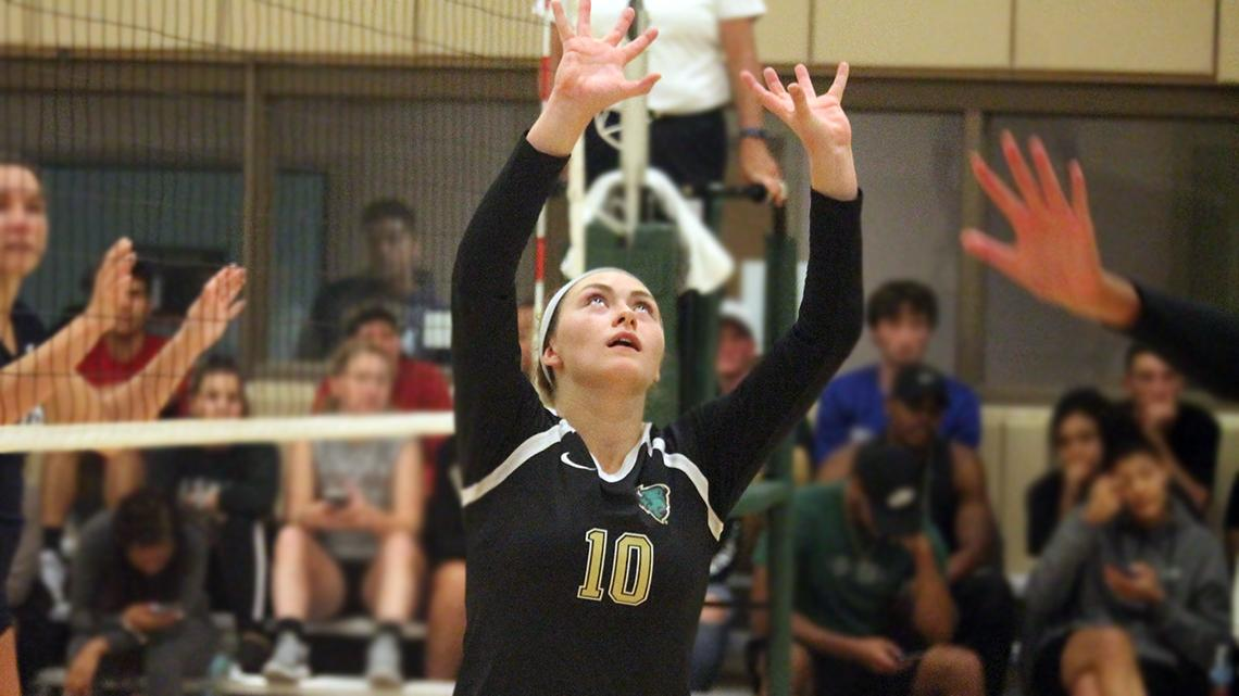Menosky gets RSC Volleyball Setter of the Week for third time